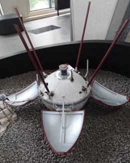 Se cumplen 54 años de la primera nave que se posó bajo control en la Luna