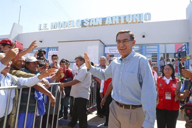 Perú.- Vizcarra inicia una ronda de conversaciones con los nuevos partidos del C