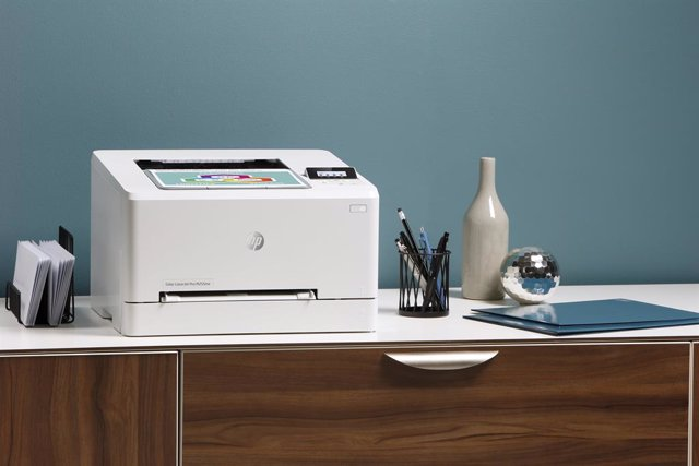 HP presenta la nueva generación de sus impresoras Color LaserJet Pro M100 y M200