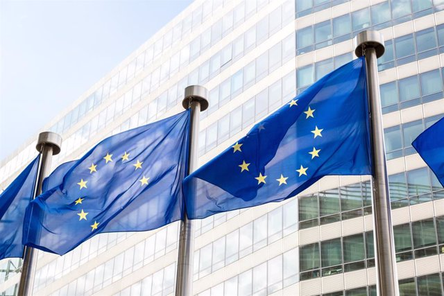 Banderas de la Unión Europea.