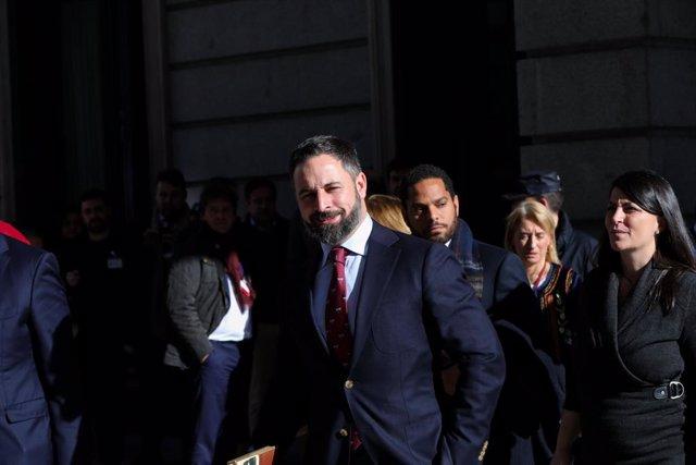 El president de VOX, Santiago Abascal, al pati del Congrés dels Diputats