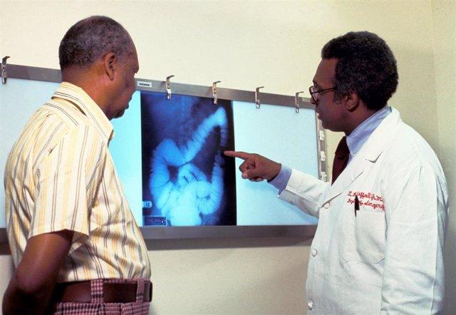 Cáncer de colon, relación médico-paciente.