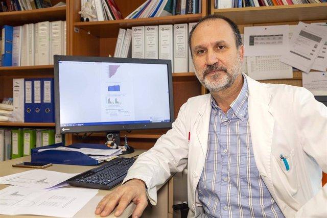 Fernando Rivera, jefe del Servicio de Oncología del Hospital Valdecilla