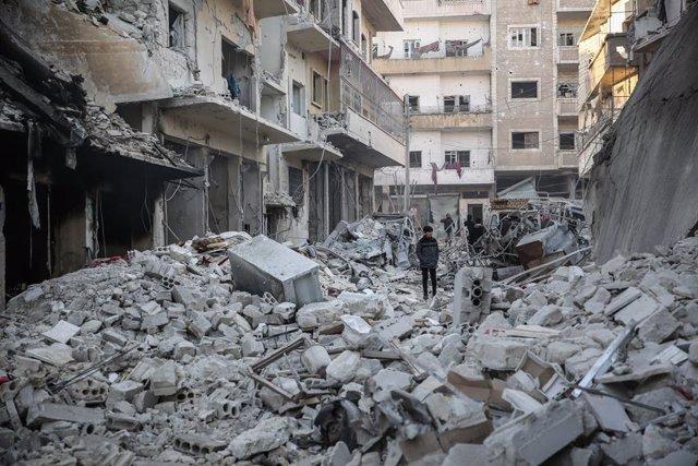 Siria.- Mueren más de un centenar de combatientes en enfrentamientos desde el do