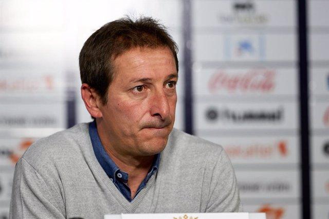 Fútbol.- El Albacete destituye a Luis Miguel Ramis en busca de la salvación