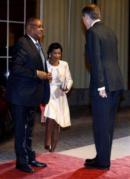 Malaui.- El Constitucional anula la victoria de Mutharika en las presidenciales
