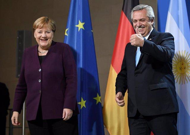 La canciller de Alemania, Angela Merkel, y el presidente de Argentina, Alberto Fernández.