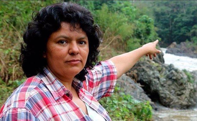 La activista indígena hondureña Berta Cáceres