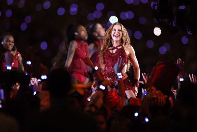 Shakira en el descanso de la Super Bowl