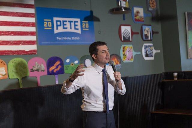 EEUU.- Buttigieg y Sanders continúan a la cabeza en los caucus de Iowa de las pr
