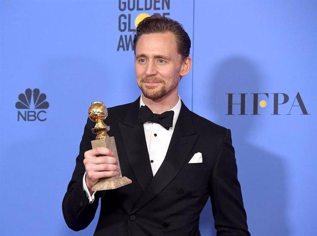 Tom Hiddleston gana el Globo de Oro a mejor actor de miniserie o película de televisión por la serie El infiltrado