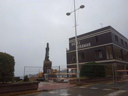 Comienzan las obras de demolición del hotel Miramar