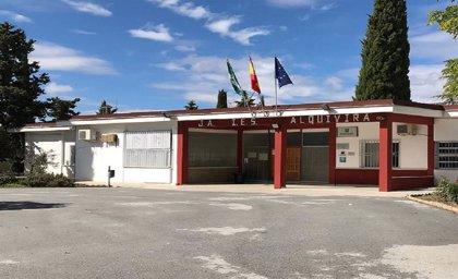 Junta destina 850.000 euros a mejorar espacios de ciclos formativos en institutos Iznalloz, Huéscar y Guadix (Granada)