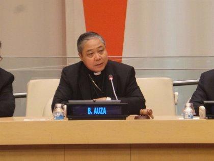 El Nuncio, en su primer acto institucional, apuesta por la concordia y el respeto del Estado de Derecho