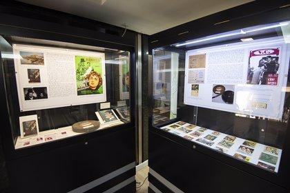 La sala Pintores 10 de Cáceres exhibe documentos sobre la historia del cine en la ciudad