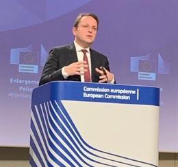 UE.- Bruselas ofrece a los 27 poder revertir los avances en negociaciones de adh
