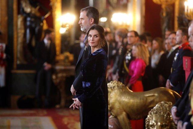 AMP.- El Rey expone la política exterior del nuevo Gobierno: proyectar una Españ