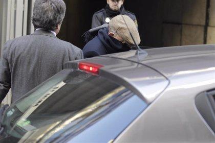Bildu pide de nuevo la hoja de servicios de 'Billy el Niño' para forzar a retratarse al PSOE
