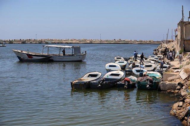 O.Próximo.- Israel reduce la zona de pesca en la Franja de Gaza ante los últimos