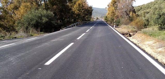 La carretera A-331 en el término municipal de Iznájar
