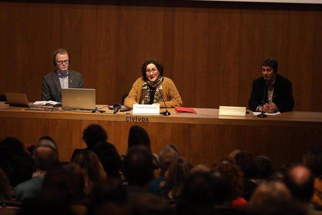 La consejera de Derechos Sociales, Mª Carmen Maeztu, interviene en el seminario sobre la experiencia finlandesa de intervención social