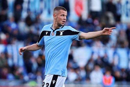 La Lazio deja escapar la segunda plaza tras empatar con el Verona