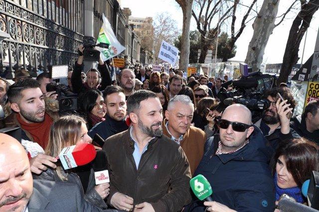 El president de Vox, Santiago Abascal, en la manifestació d'agricultors a Madrid