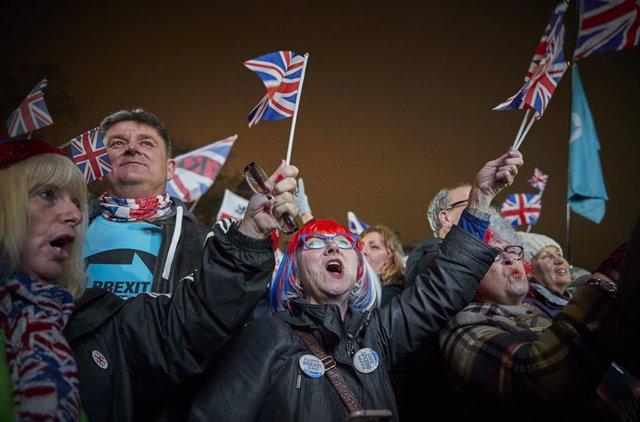 Brexit.- Bruselas recuerda a Londres que debe seguir pagando a la UE pese al Bre