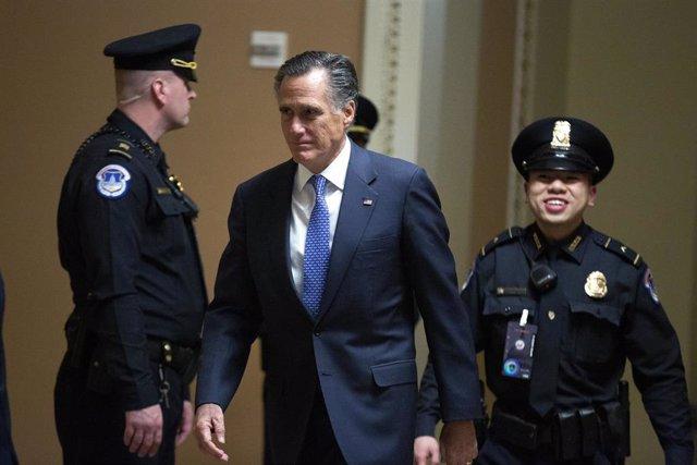El senador republicano por Utah Mitt Romney, en el Capitolio, en Washington