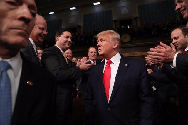 """EEUU.- Trump celebra en el desayuno de la oración el fin del """"calvario"""" del 'imp"""