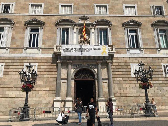 Façana del Palau de la Generalitat.