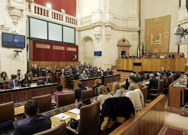 El Pleno del Parlamento de Andalucía durante una de las votaciones de la sesión
