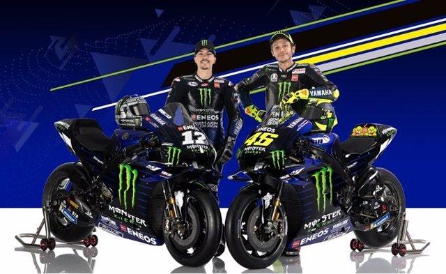 Los pilotos Maverick Viñales y Valentino Rossi, en la presentación del Monster Energy Yamaha MotoGP de 2020