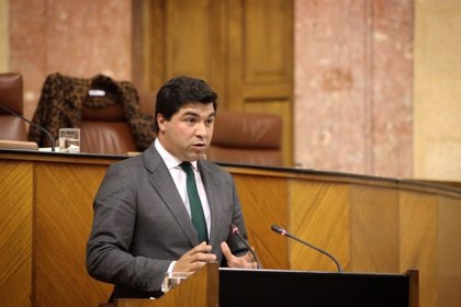 """El Parlamento aprueba pedir al Gobierno medidas para """"garantizar"""" una rentabilidad adecuada a agricultores"""