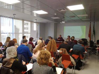 Foro Provincial de Inmigración de Almería crea grupos de trabajo dedicados a la vivienda, el empleo y la inserción