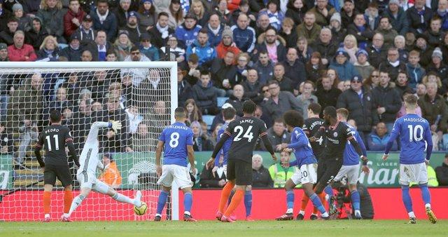 Fútbol.- La Premier League avala una prohibición conjunta para cualquier persona