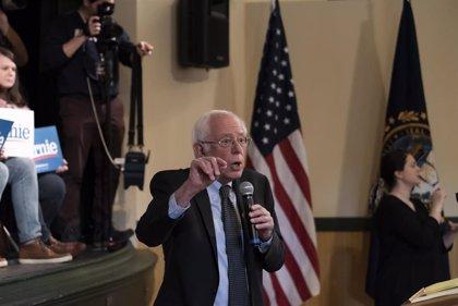 Bernie Sanders declara su victoria en los caucus de Iowa a pesar de que Buttigieg se perfila como ganador