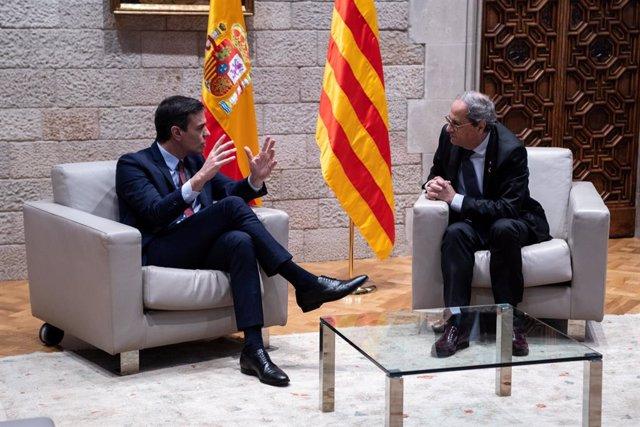 El president de la Generalitat, Quim Torra, i el president del Govern central, Pedro Sánchez, durant la seva reunió a Barcelona