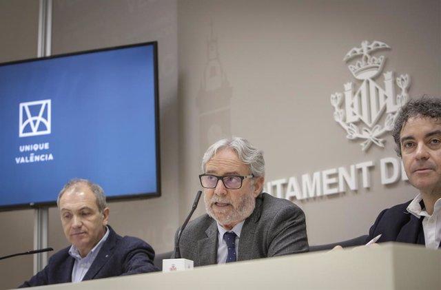 Antonio Bernabé, Emiliano García y Francesc Colomer durante la presentación de 'Unique València'