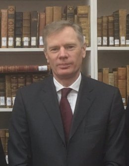 Irán.- El embajador de Reino Unido vuelve a Teherán tras salir del país después