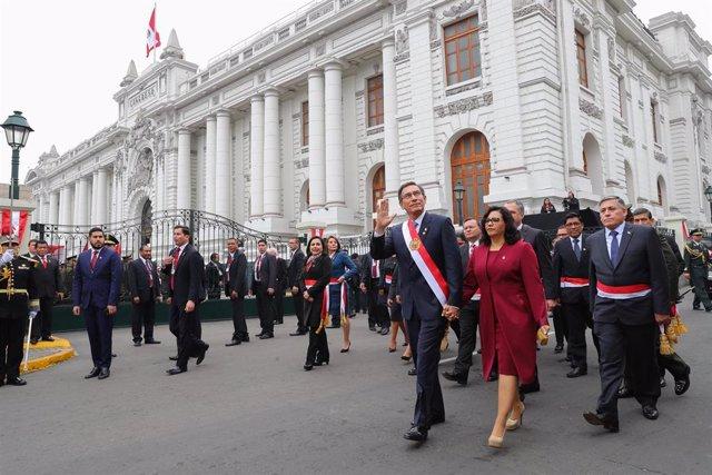 El presidente peruano, Martín Vizcarra, frente al Congreso de Perú