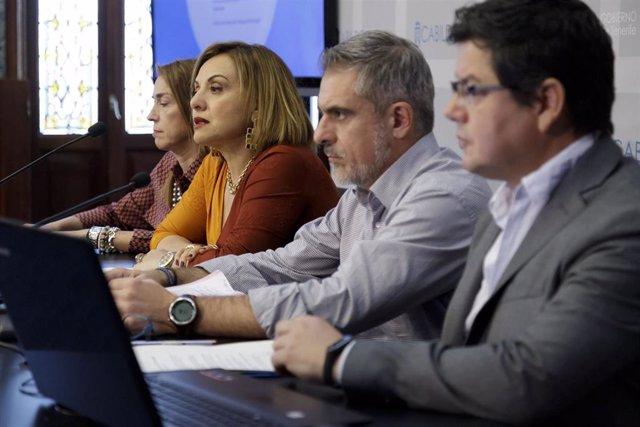 La vicepresidenta del Cabildo de Tenerife, Berta Pérez, en la presentación de la estrategia de apoyo a los municipios
