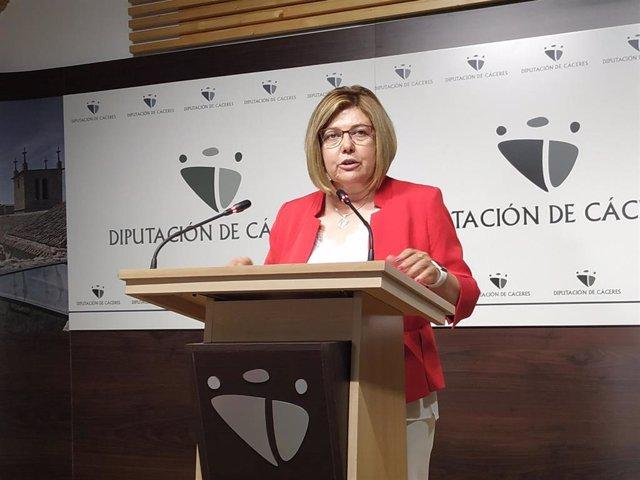 La presidenta de la Diputación de Cáceres delega sus funciones hasta enero en el vicepresidente primero