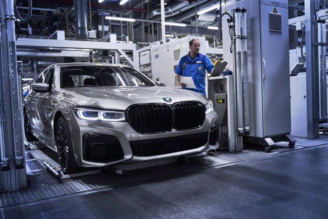 Producción del Serie 7 Sedan en la planta de BMW en Dingolfing (Alemania)