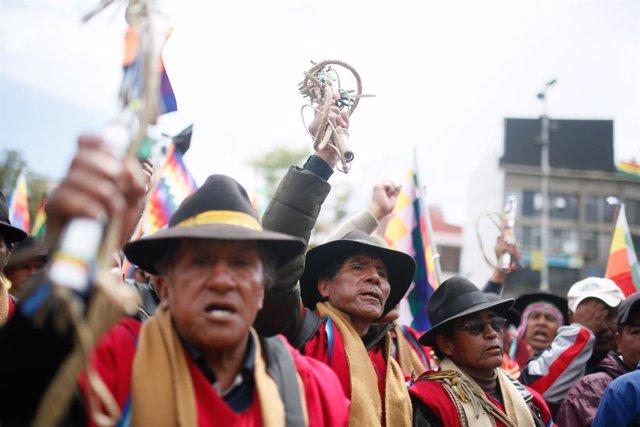 Bolivia.- Las víctimas de Senkata en Bolivia precisan que aún no han firmado el