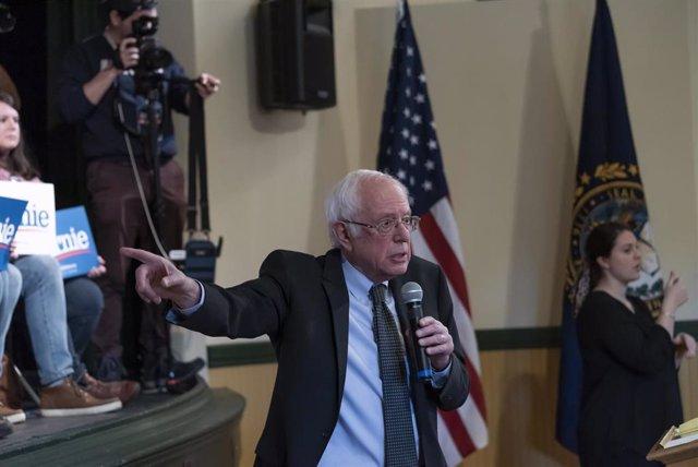 El precandidato demócrata y senador por Vermont Bernie Sanders.