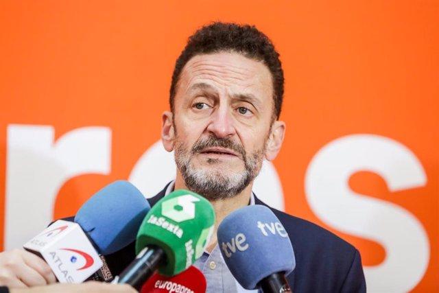 """VÍDEO:Cs insta a Sánchez a aclarar si Zapatero es """"mediador internacional"""" tras"""
