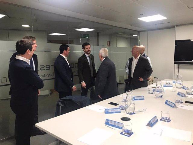 Pablo Casado y alcaldes de Almería