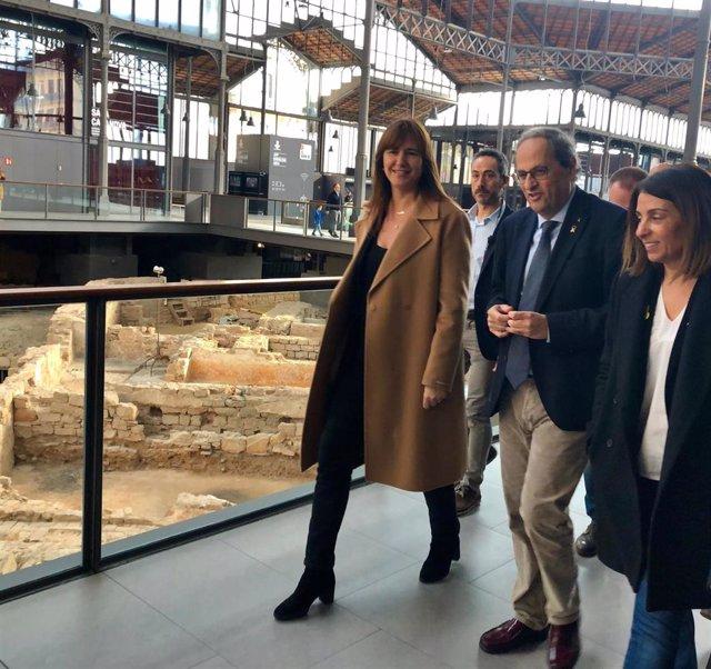 La portavoz de JxCat en el Congreso, Laura Borrs; el presidente de la Generalitat, Quim Torra, y la consellera de la Presidencia y portavoz del Govern, Meritxell Budó.