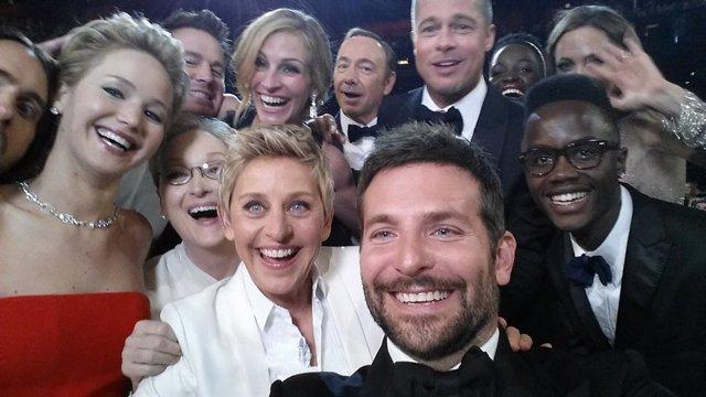 Jared Leto, Jennifer Lawrence, Channing Tatum, Meryl Streep, Ellen DeGeneres Julia Roberts, Kevin Spacey, Brad Pitt, Lupita Nyong'o, Angelina Jolie, Peter Nyong'o Jr. Y Bradley Cooper en los Osar